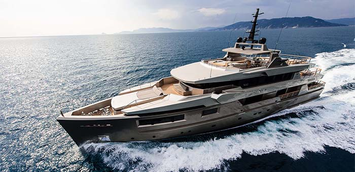 The quietest yacht in the world THE QUIETEST YACHT IN THE WORLD 10