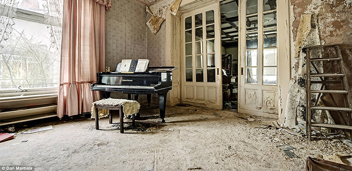 7 ABANDONED MANSIONS FROM AROUND THE WORLD 7 ABANDONED MANSIONS FROM AROUND THE WORLD