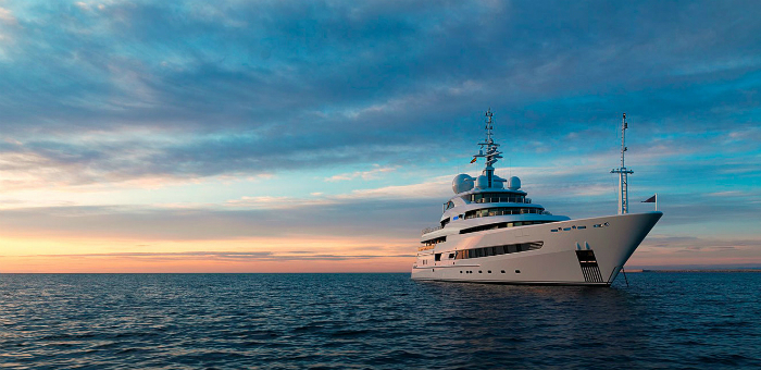 Go Island-hopping on a superyacht Go Island hopping on a superyacht