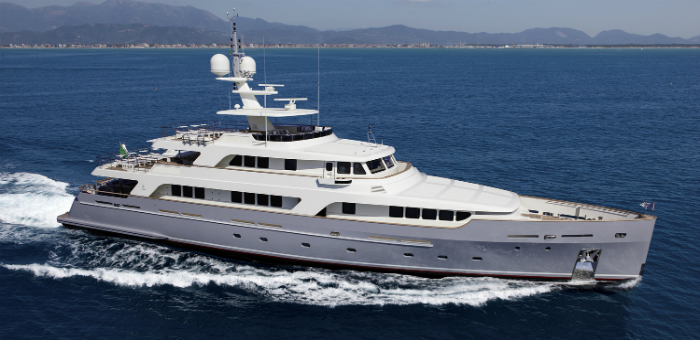 Luxury Yacht of the Week: Codecasa's Vintage Motor Yacht Luxury Yacht of the Week Codecasa Vintage Motor Yacht