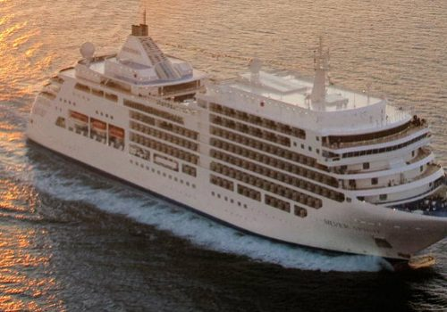 Top 10 Luxury Cruises One Must Go Before the Year Ends luxury cruises Top 10 Luxury Cruises One Must Go Before the Year Ends luxury cruises fi 500x350