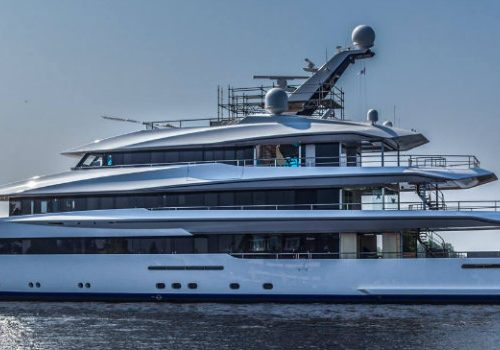 8 Dazzling Luxury Charters to Experience at Least Once In a Lifetime luxury charters 8 Dazzling Luxury Charters to Experience at Least Once In a Lifetime featured 7 500x350