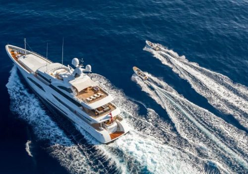 Luxury Yachts – The Marvelous Design of Feadship's Larisa Superyacht luxury yachts Luxury Yachts – The Marvelous Design of Feadship's Larisa Superyacht featured 6 500x350