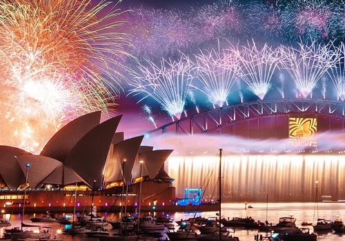 The Best Destinations to Commemorate New Year's Eve 2017 in Style New Year's Eve 2017 The Best Destinations to Commemorate New Year's Eve 2017 in Style fetured 500x350