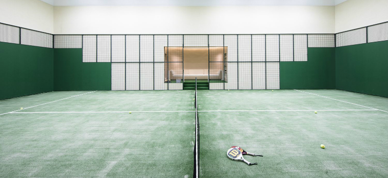 luxury superyachts Luxury Superyachts: Aviva's the First Vessel with Indoor Tennis Court featured 10