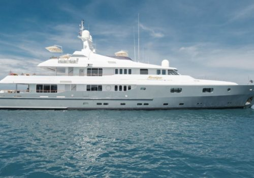 Be Amazed by 9 of the World's Most Stylish Luxury Yachts and Sailboats Luxury Yachts Be Amazed by 9 of the World's Most Stylish Luxury Yachts and Sailboats featured 4 500x350