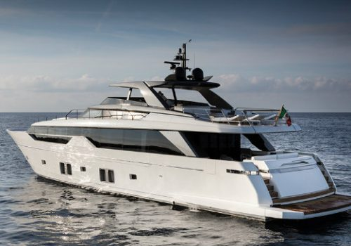 Sanlorenzo's SL102 causes debate regarding an Asymmetric Yacht Design Sanlorenzo Sanlorenzo's SL102 causes debate regarding an Asymmetric Yacht Design destaque 1 500x350