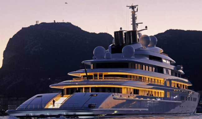 biggest private yachts Meet 5 of the World's biggest private yachts of 2018 destaque