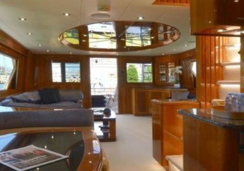 Currently for sale: have a look inside the Wild Child yacht Wild Child yacht Currently for sale: have a look inside the Wild Child yacht FEATURE 5 500x350