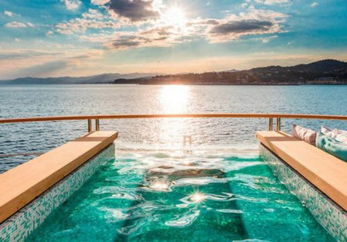 Have a look at our top 7 best superyacht pools superyacht pools Have a look at our top 7 best superyacht pools FEATURE 28 500x350