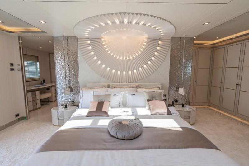 Have a look Inside the Stunning Lilium Yacht! [object object] Have a look Inside the Stunning Lilium Yacht! Have a look Inside the Stunning Lilium Yacht 4
