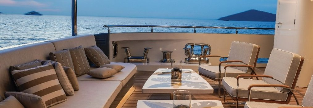 lilium yacht Have a look Inside the Stunning Lilium Yacht! Have a look Inside the Stunning Lilium Yacht 7 1014x350