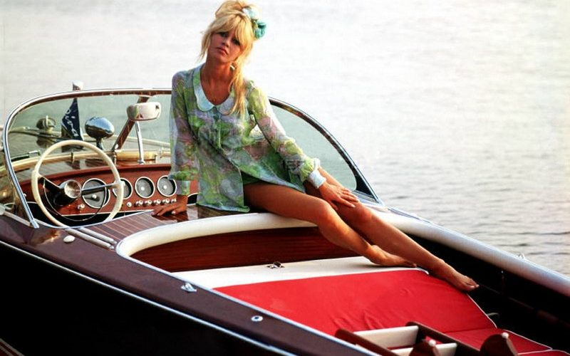 luxurious yachting lifestyle 6 Style Icons To Inspire The Most Luxurious Yachting Lifestyle 6 Style Icons To Inspire The Most Luxurious Yachting Lifestyle2 800x500