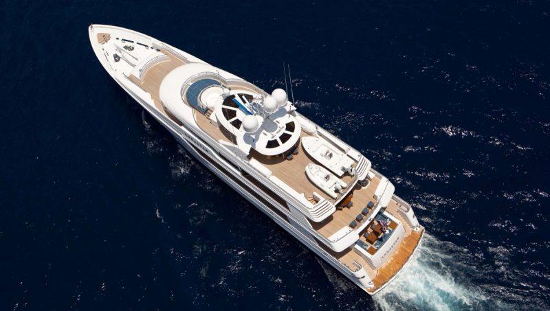 westport yachts Meet Westport Yachts, America's Yacht Builders Meet Westport Yachts Americas Yacht Builders 5 scaled e1576164428716