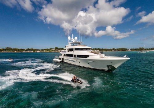 Meet Westport Yachts, America's Yacht Builders westport yachts Meet Westport Yachts, America's Yacht Builders Meet Westport Yachts Americas Yacht Builders 500x350