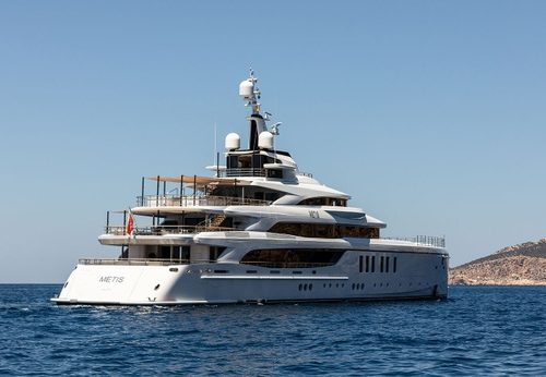 Meet the 63-Meter Superyacht From Benetti benetti Meet the 63-Meter Superyacht From Benetti Meet the 63 Meter Superyacht From Benetti 5 500x346